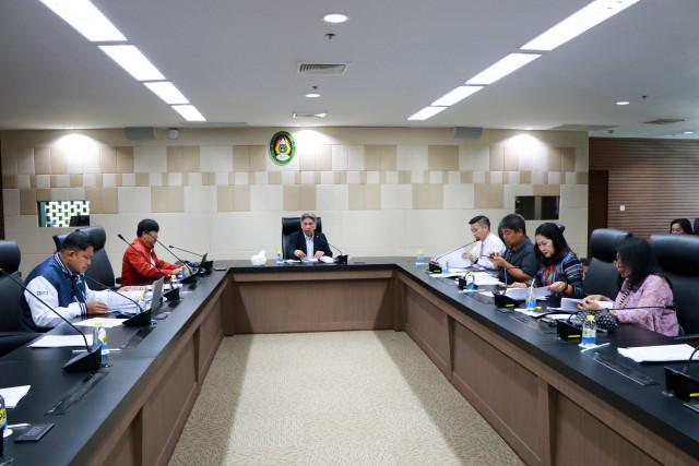 การประชุมคณะกรรมการดำเนินงานพิธีพระราชทานปริญญาบัตร ประจำปีการศึกษา 2559 - 2560  ครั้งที่ 4/2563