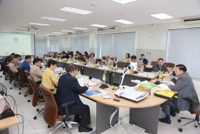 มร.ชม. จัดประชุมสภามหาวิทยาลัย ครั้งที่ 16 ประจำปี 2558