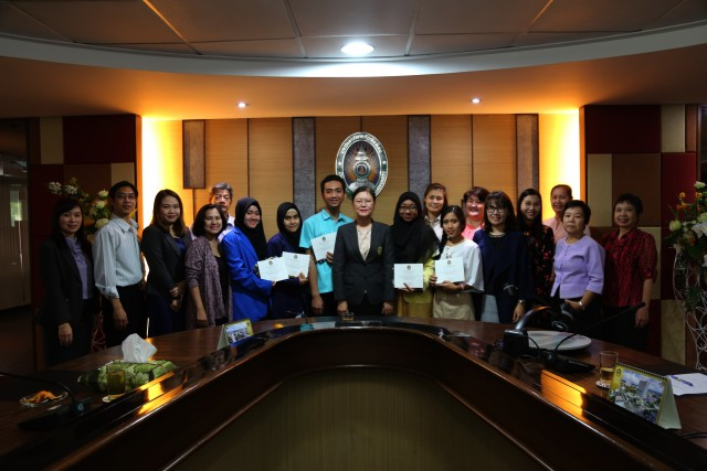 สำนักงานวิเทศสัมพันธ์ มหาวิทยาลัยราชภัฏเชียงใหม่  จัดพิธีปัจฉิมนิเทศนักศึกษา โครงการ SEA teacher project ภาคเรียนที่2/2560