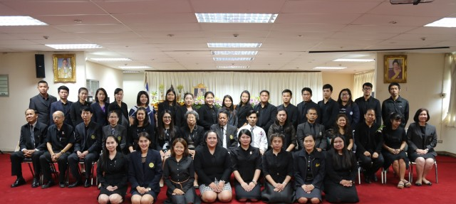 ครุศาสตร์ มร.ชม. จัดพิธีปัจฉิมนิเทศ แสดงความยินดี นักศึกษา ป.บัณฑิตวิชาชีพครู  ประจำปีการศึกษา 2560