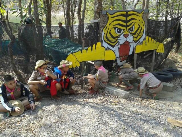 สาธิต มร.ชม. จัดกิจกรรมเข้าค่ายลูกเสือ - เนตรนารีเพิ่มทักษะการเรียนรู้ให้นักเรียน